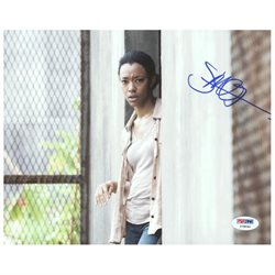 Sonequa Martin-Green The Walking Dead Signed Authentic 8X10 Photo PSA #Y78040